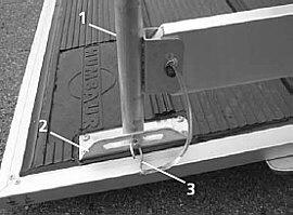 Sicherung des Treibgitters für Humbaur Pkw-Vieh-Transportanhängers